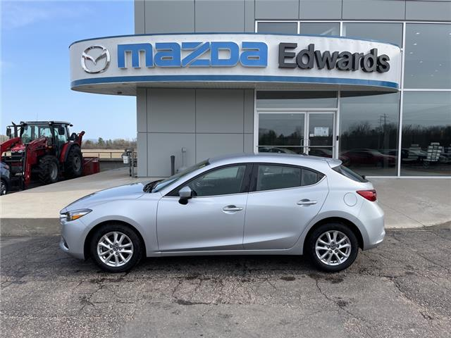 2018 Mazda Mazda3 Sport GS (Stk: 22607) in Pembroke - Image 1 of 13