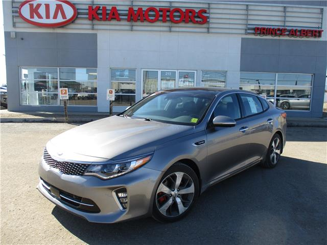 2018 Kia Optima SXL Turbo 5XXGV4L28JG255323 B4198 in Prince Albert