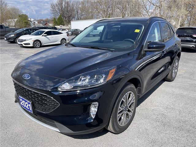 2021 Ford Escape SEL (Stk: 21102) in Cornwall - Image 1 of 14