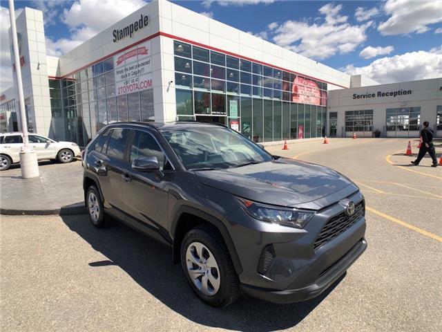 2021 Toyota RAV4 LE (Stk: 210555) in Calgary - Image 1 of 16