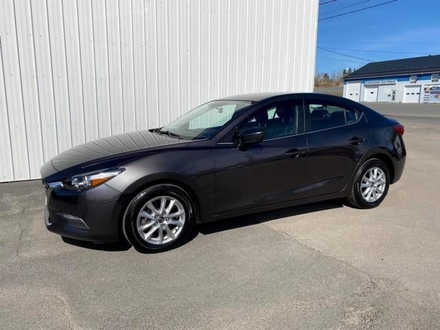 2017 Mazda Mazda3 SE (Stk: 6570A) in Alma - Image 1 of 11