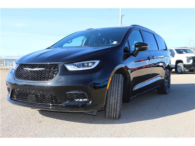 2021 Chrysler Pacifica Touring L Plus (Stk: MT065) in Rocky Mountain House - Image 1 of 29