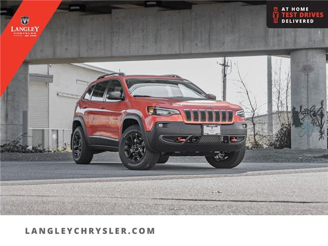 2021 Jeep Cherokee Trailhawk (Stk: M203220) in Surrey - Image 1 of 27