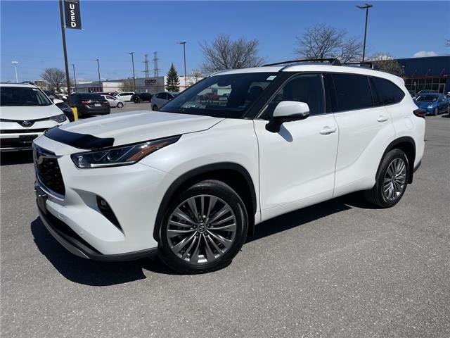 2020 Toyota Highlander Limited (Stk: 60324A) in Ottawa - Image 1 of 15