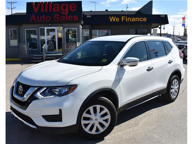 2018 Nissan Rogue S (Stk: P38290) in Saskatoon - Image 1 of 18