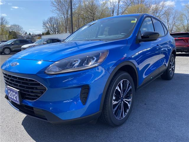 2021 Ford Escape SE (Stk: 21155) in Cornwall - Image 1 of 15