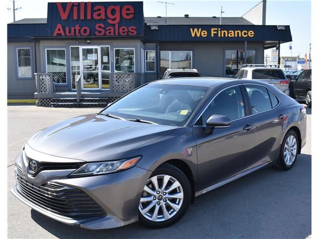 2018 Toyota Camry LE (Stk: P38285C) in Saskatoon - Image 1 of 20