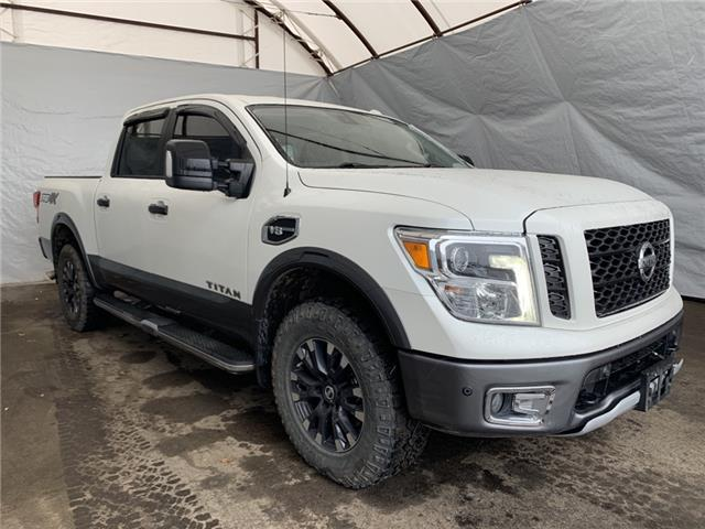 2017 Nissan Titan PRO-4X (Stk: 2113211) in Thunder Bay - Image 1 of 15