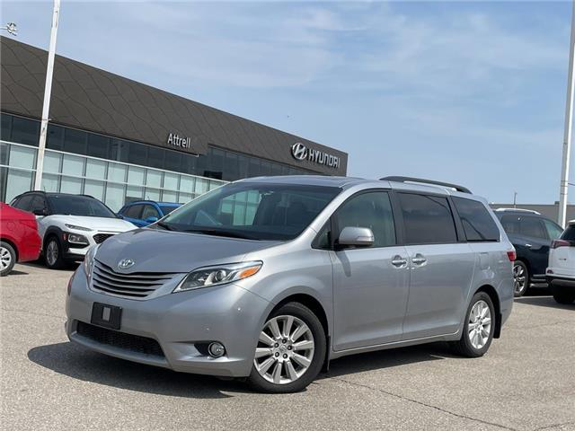 2015 Toyota Sienna Limited (Stk: 37252A) in Brampton - Image 1 of 30