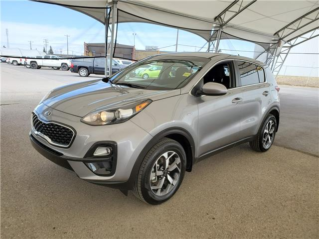 2021 Kia Sportage LX KNDPMCAC8M7860948 190610 in AIRDRIE