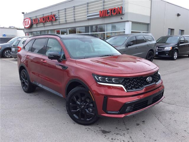 2021 Kia Sorento 2.5T SX w/Black Leather (Stk: 047645) in Milton - Image 1 of 13