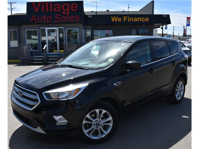 2017 Ford Escape SE 1FMCU0GDXHUA16801 P38262 in Saskatoon