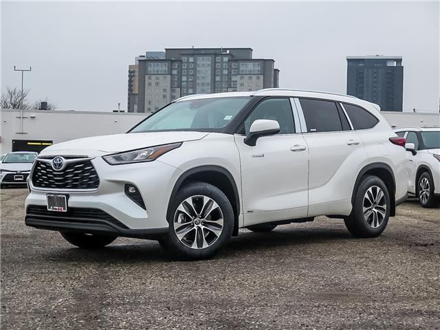 2021 Toyota Highlander Hybrid XLE (Stk: 15379) in Waterloo - Image 1 of 22