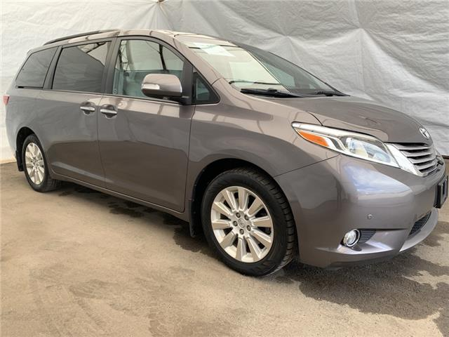 2015 Toyota Sienna XLE 7 Passenger (Stk: IU2284) in Thunder Bay - Image 1 of 30