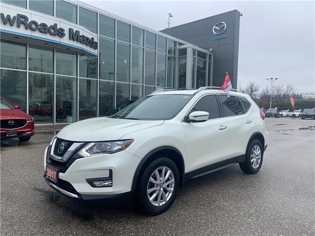 2017 Nissan Rogue SV (Stk: 42274A) in Newmarket - Image 1 of 28
