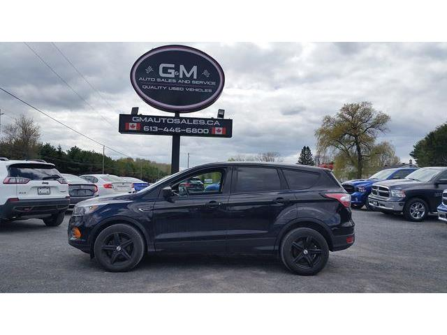 2018 Ford Escape S (Stk: JUB90433) in Rockland - Image 1 of 12