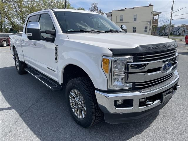 2017 Ford F-250 Lariat (Stk: 21181A) in Cornwall - Image 1 of 29