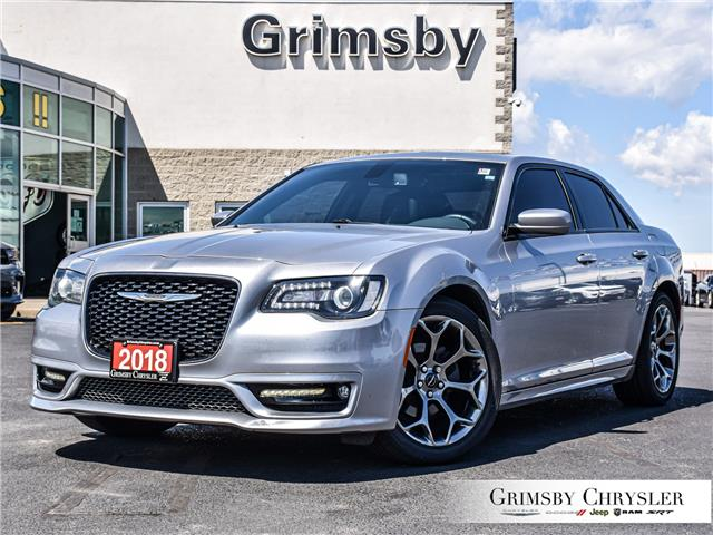 2018 Chrysler 300 S (Stk: U5180A) in Grimsby - Image 1 of 30