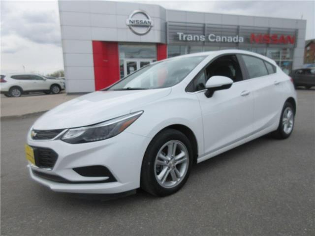 2017 Chevrolet Cruze Hatch LT Auto (Stk: 91858A) in Peterborough - Image 1 of 20