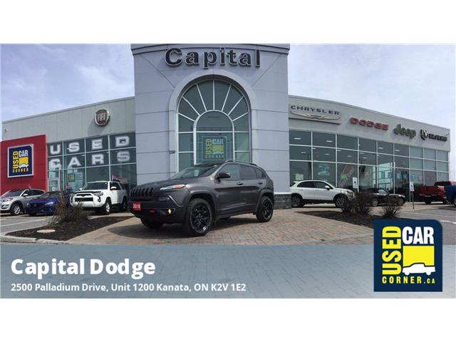 2018 Jeep Cherokee Trailhawk (Stk: M00346A) in Kanata - Image 1 of 26