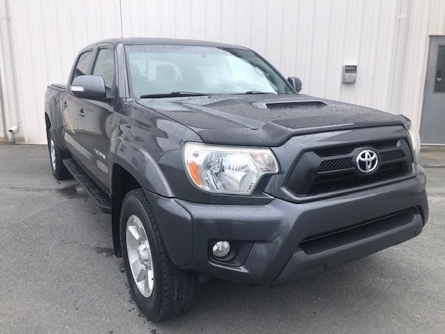 2012 Toyota Tacoma V6 (Stk: DW68001) in St. John\'s - Image 1 of 20