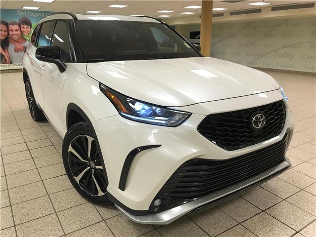 2021 Toyota Highlander XSE (Stk: 210979) in Calgary - Image 1 of 24