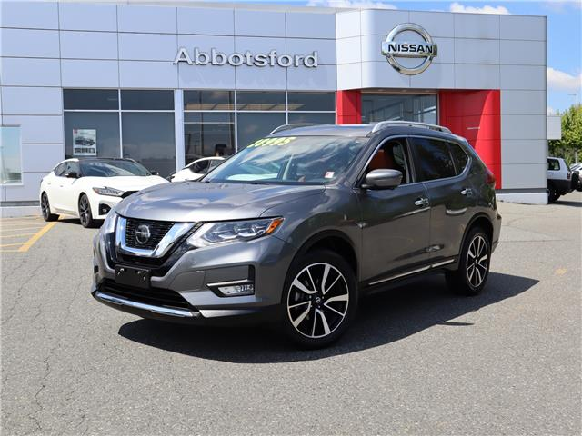 2018 Nissan Rogue SL w/ProPILOT Assist (Stk: A21149A) in Abbotsford - Image 1 of 30