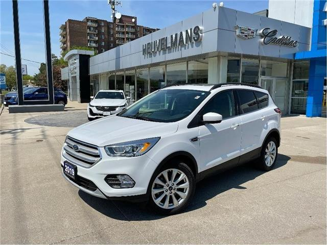 2019 Ford Escape SEL (Stk: 21014A) in Chatham - Image 1 of 19