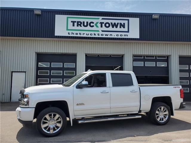 2016 Chevrolet Silverado 1500 High Country (Stk: T0418) in Smiths Falls - Image 1 of 20