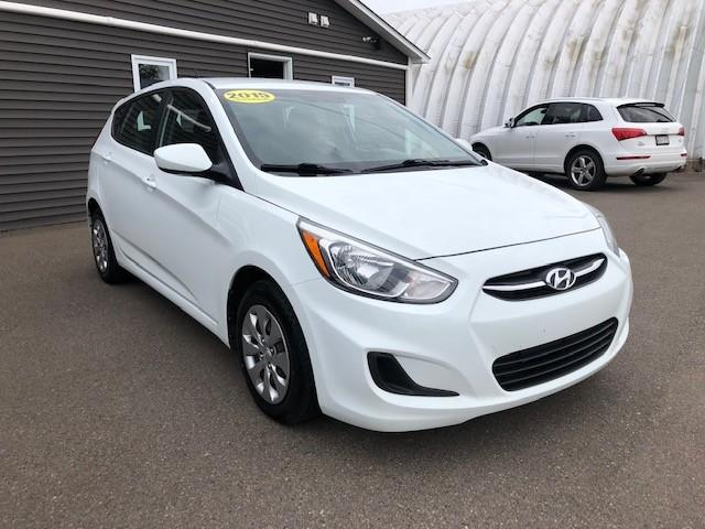 2015 Hyundai Accent  (Stk: ) in Sussex - Image 1 of 20