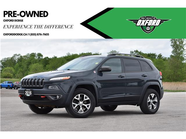 2016 Jeep Cherokee Trailhawk (Stk: 21404A) in London - Image 1 of 21