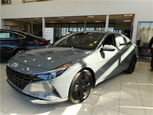 2021 Hyundai Elantra Preferred w/Sun & Tech Pkg (Stk: 50098) in Saskatoon - Image 1 of 7