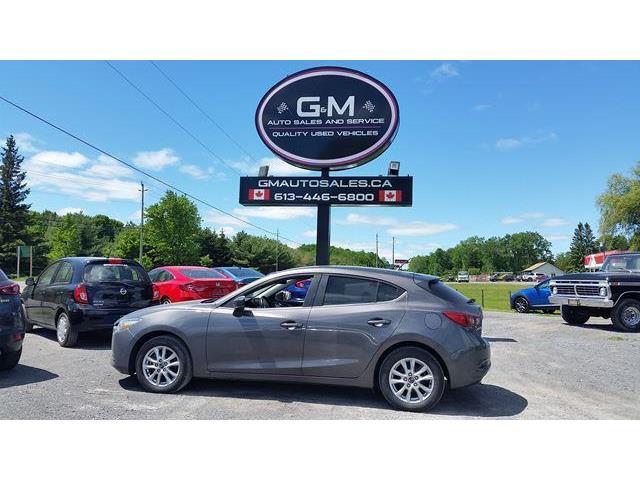 2018 Mazda Mazda3 Sport  (Stk: JM257519) in Rockland - Image 1 of 12