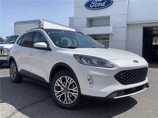 2021 Ford Escape SEL (Stk: 021132) in Parry Sound - Image 1 of 18