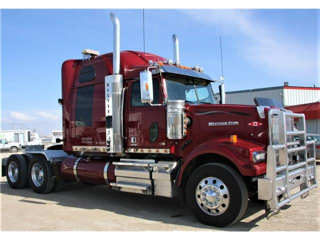 2015 Western Star 4900FA  (Stk: FT1172) in Saskatoon - Image 1 of 30