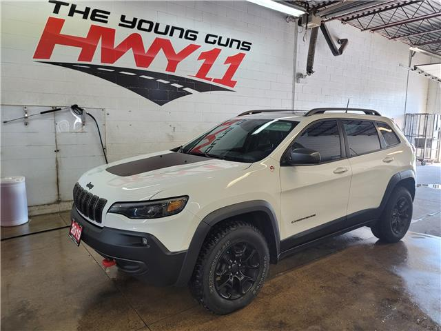 2019 Jeep Cherokee Trailhawk (Stk: 204920A) in Orillia - Image 1 of 27