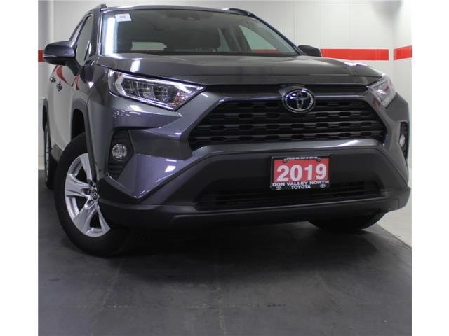 2019 Toyota RAV4 XLE (Stk: 304347S) in Markham - Image 1 of 25