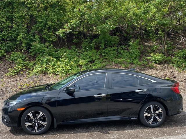 2017 Honda Civic Touring (Stk: M0192A) in London - Image 1 of 23