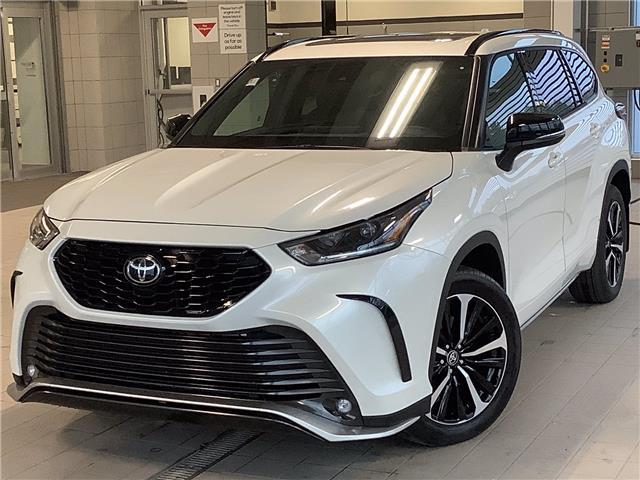 2021 Toyota Highlander XSE (Stk: 22956) in Kingston - Image 1 of 30