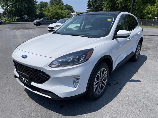 2021 Ford Escape SEL (Stk: 21200) in Cornwall - Image 1 of 14
