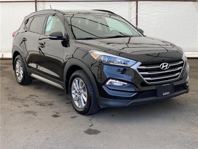 2017 Hyundai Tucson SE (Stk: 17568AZ) in Thunder Bay - Image 1 of 18