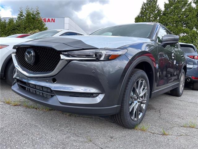 2021 Mazda CX-5 Signature (Stk: 409277) in Surrey - Image 1 of 5