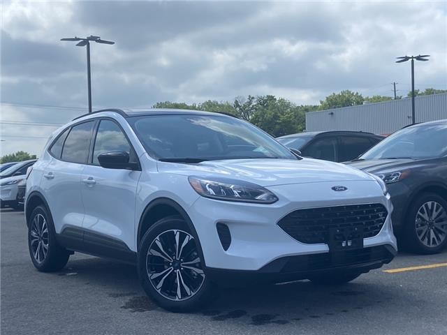 2021 Ford Escape SE (Stk: 21T431) in Midland - Image 1 of 11