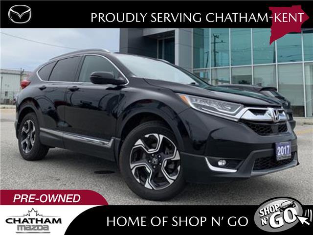 2017 Honda CR-V Touring (Stk: UM2633) in Chatham - Image 1 of 26