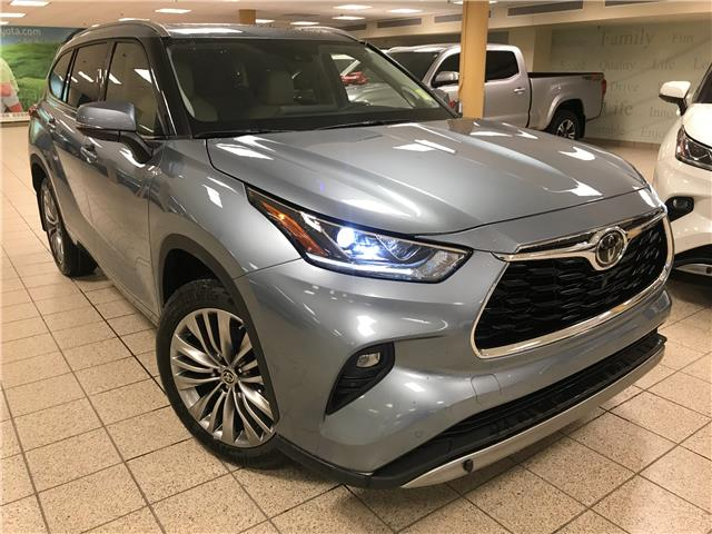 2021 Toyota Highlander Limited (Stk: 211162) in Calgary - Image 1 of 21