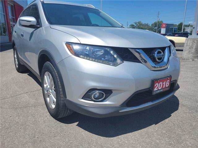 2016 Nissan Rogue SV (Stk: CMC705863A) in Cobourg - Image 1 of 13