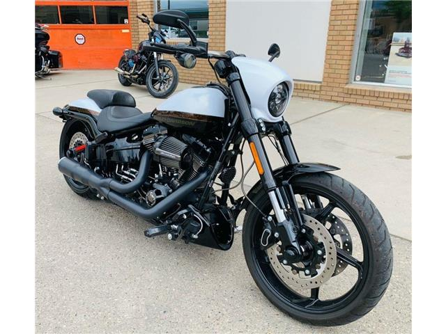 2016 Harley-Davidson FXSE - CVO™ Pro Street Breakout®  (Stk: FXSE-16-9273) in Saskatoon - Image 1 of 11