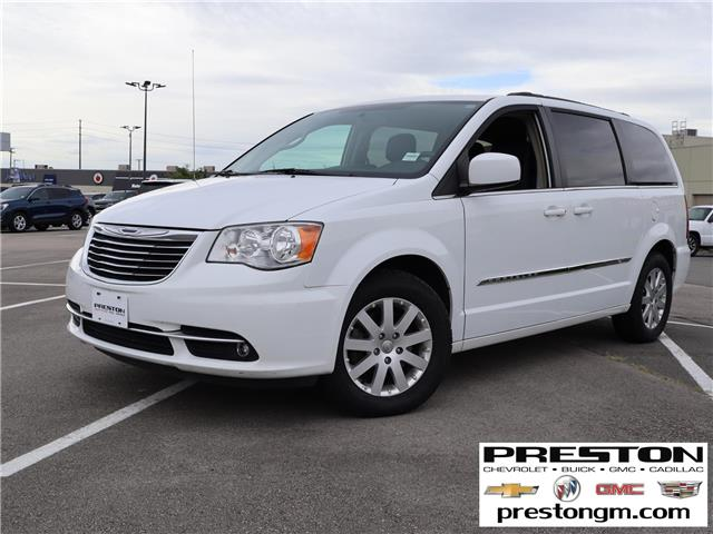 2014 Chrysler Town & Country Touring (Stk: 1207201) in Langley City - Image 1 of 30