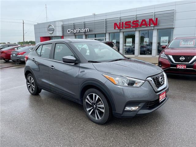 2019 Nissan Kicks SV (Stk: TM0251A) in Chatham - Image 1 of 18