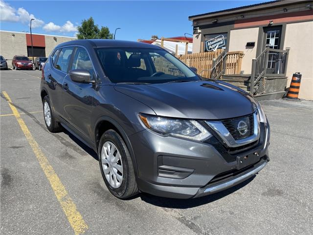 2017 Nissan Rogue S (Stk: A21045) in Ottawa - Image 1 of 19
